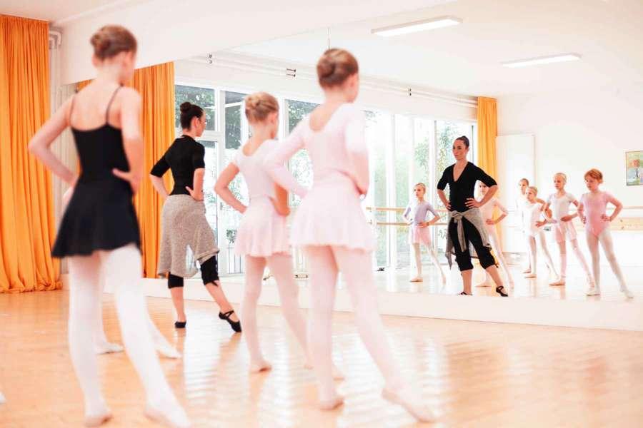 Ballettschule-Groenendyk-Jasmin-Eskandari-Kinderballett