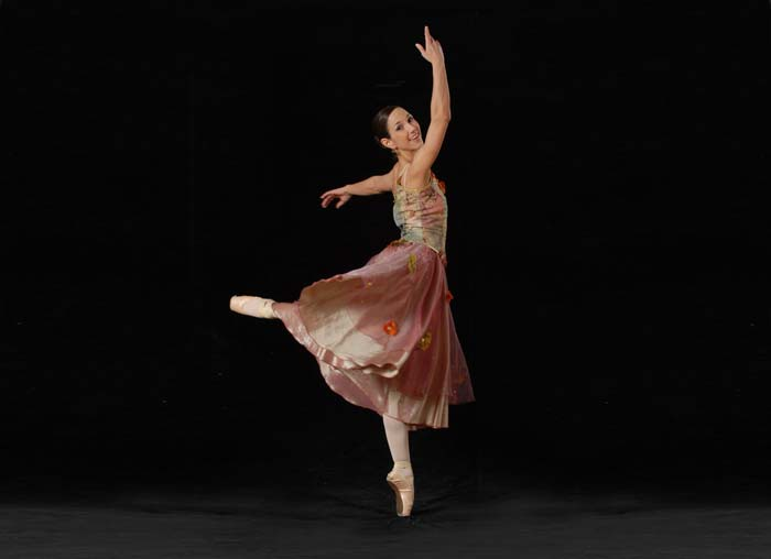 Jasmin-Eskandari-Ballett.